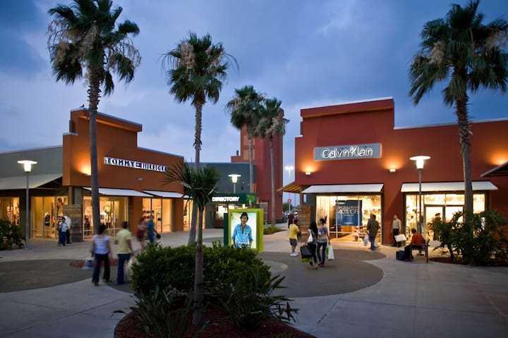Ideal to visit Mercedes Outlets-Harlingen-McAllen