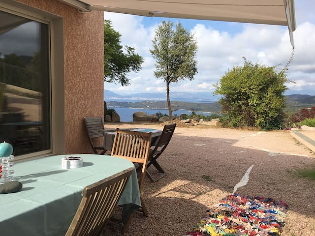 Villa f3 75m2, 5 pers. vue mer.Sur Acqua doria