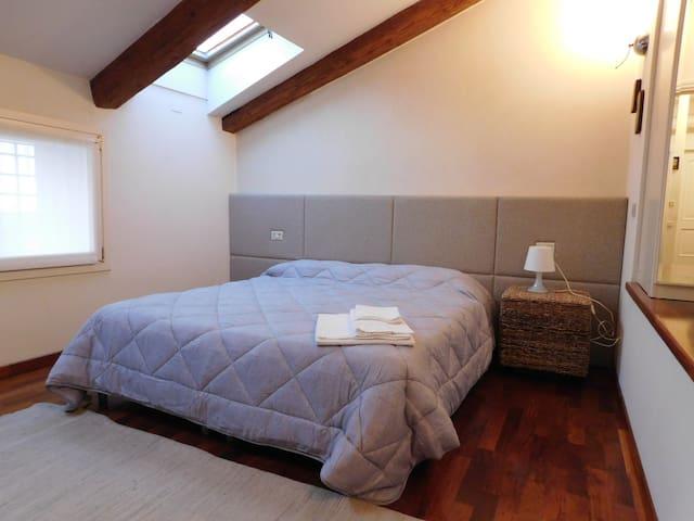 Spazioso appartamento in monastero del XII secolo - Montebello vicentino - Apartment