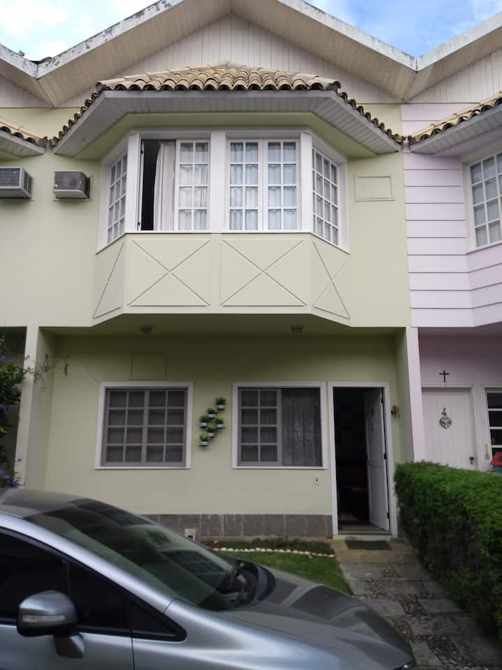 Linda casa em Terê/Cozy place in Terezópolis