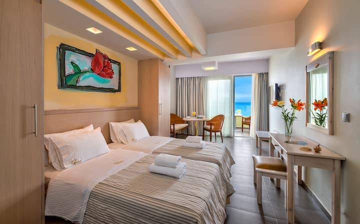 Palm Beach Apartments