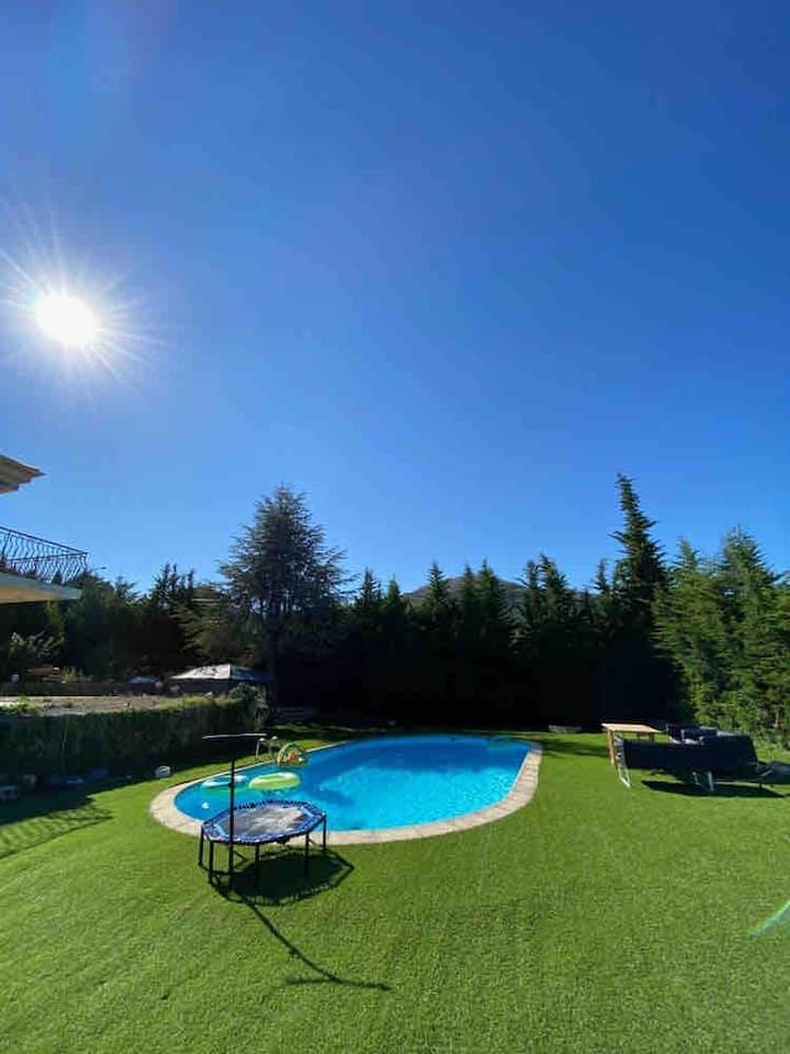 Bas de villa piscine spa privée à 20min de la mer