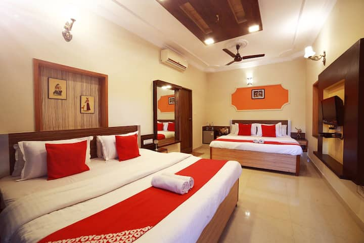 FOUR BEDDED HILL FACING COMMON BALCONY (4-6 pax)