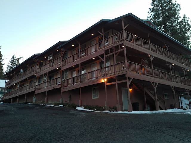 Deep Creek Motel - Suite