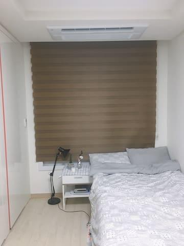 *Cheongnyangni Station* Stay clean & cozy studio!