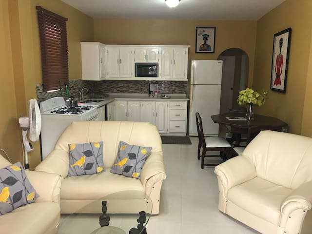 Veroniques House - Port-of-Spain - Wohnung