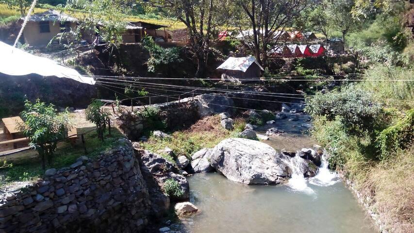 vXplor Camp Chakrata: Tiger falls - Chakrata - Stan