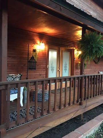 WRAPPED IN THE WOODS ON  MEADOWS DR. - Pagosa Springs - Apartemen