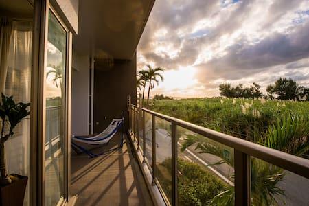 Seaview, Luxury 3BR Apt, 1 min to the beach - Onna