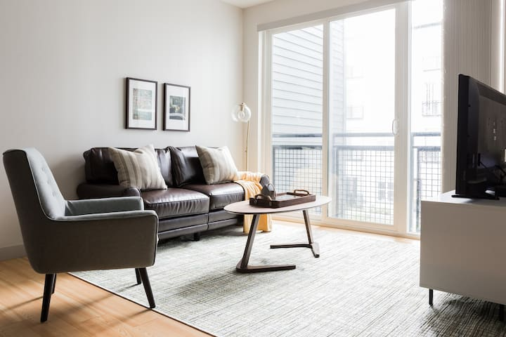 Sonder | Seaport District | Calming 1BR