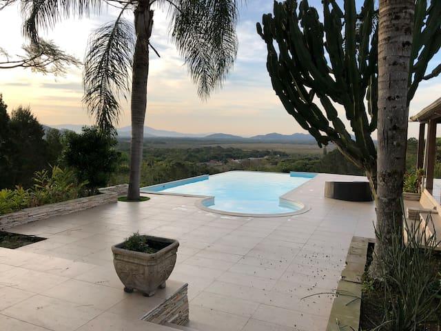 ⭐ Casa campo, 20 km do centro de Floripa, piscina