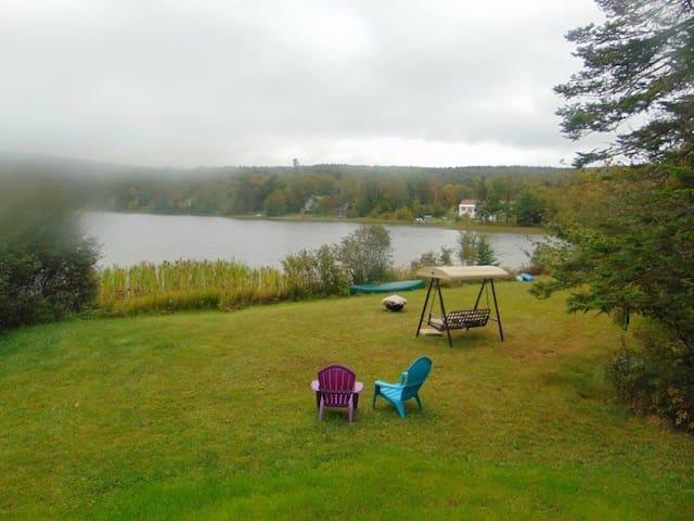 HoneyBear Lake Cottage