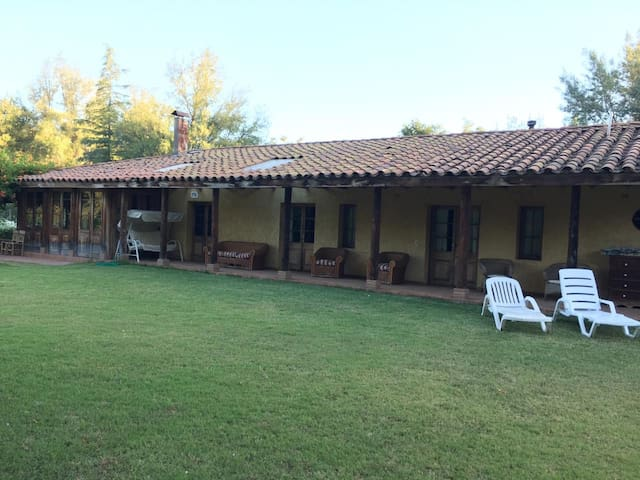House in the vineyards, Maipo wine country
