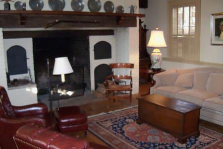 Hanover House - Casa