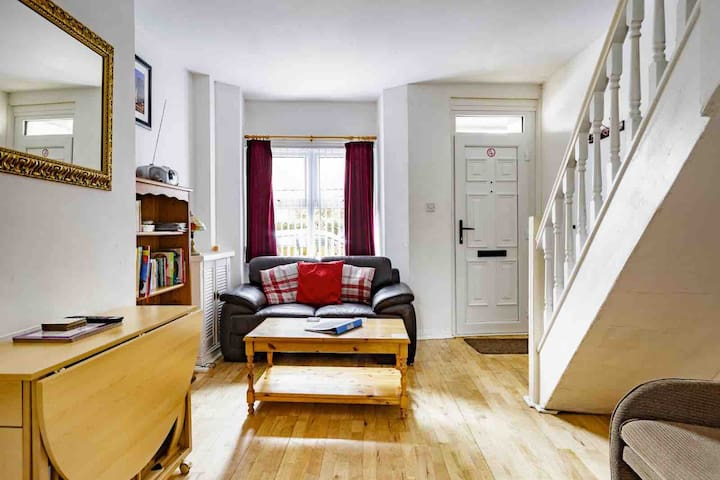 Refurbished and homely traditional terrace house.