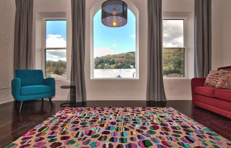 Wonder Honesdale- Loft C3-3 bedroom -2 baths– sleeps 6