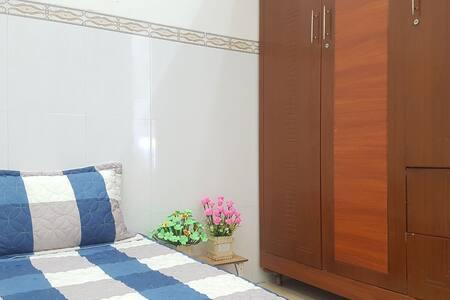 Homestay HP Rạch Giá, phòng Queen Tây Nam lầu 1