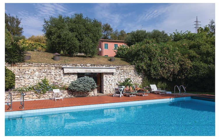 Holiday cottage with 4 bedrooms on 250 m² in Rivadolmo di B -PD-
