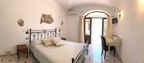 A spacious room in a rustic villa | Amalfi Coast