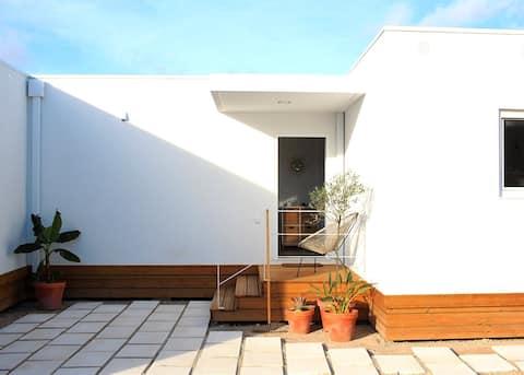 Casa Pai Velho - Modern home close to the beach