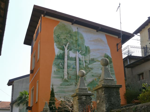 Casa Favorita Ferienhaus oberhalb des Ortasees