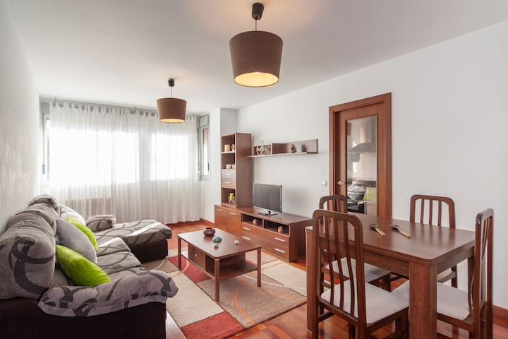 Ideal para vacaciones en Cantabria - Torrelavega - Appartement
