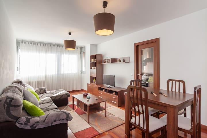 Ideal para vacaciones en Cantabria - Torrelavega - Apartamento