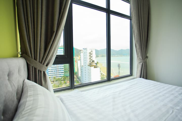 Mountain View Apartment near Hon Chong Promontory