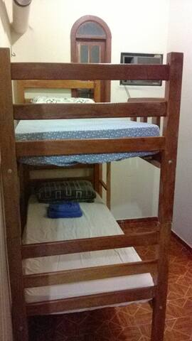 Private Bath bunk bed Room 10 min Airport - Manaus - Haus