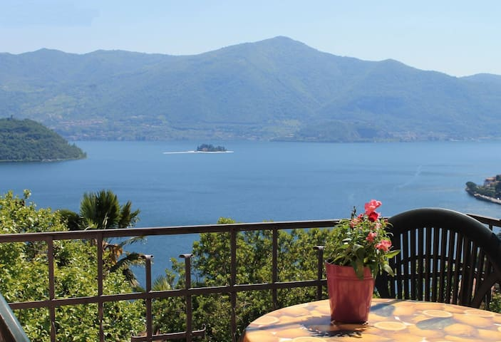 Casa Rosa - Relax and Romantic lake view
