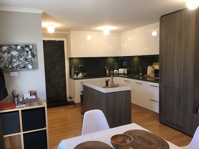 Free standing fully equipped unit - Goodwood - Apartamento