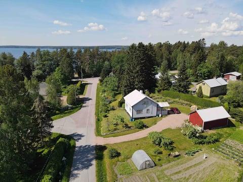 House and Garden near Lake Pyhäjärvi