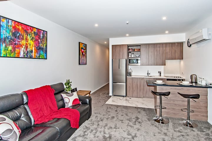 1 BEDROOM AT HAGLEY PARK