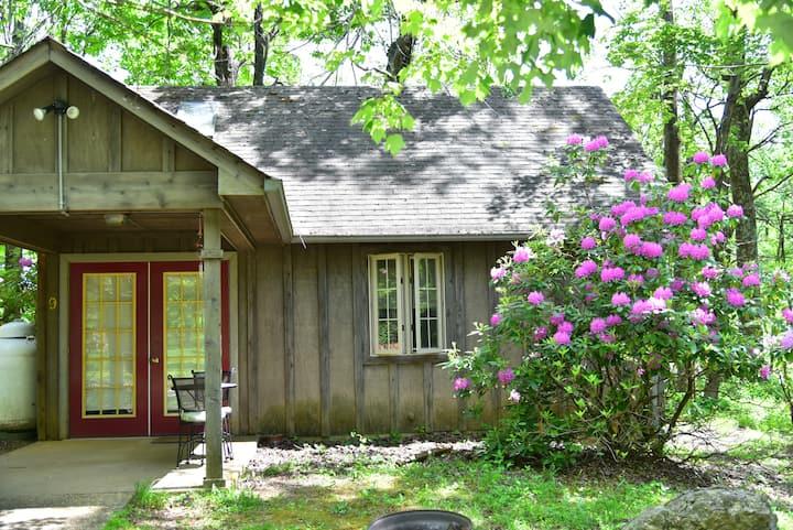 Romantic Cabin #9 in LOVE, at Royal Oaks Retreat