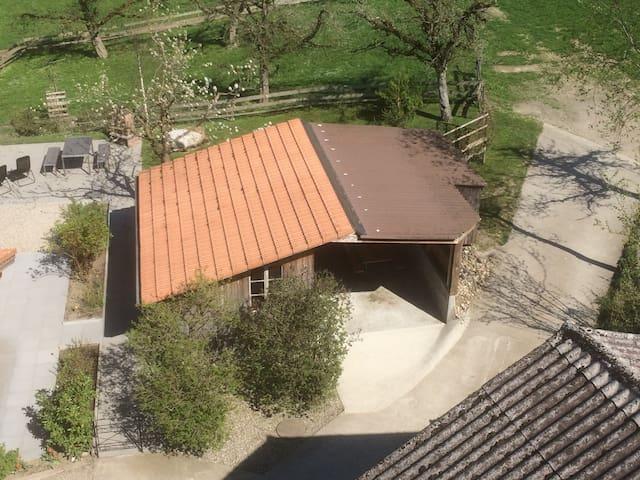 Landruhe und Träumen im Stroh. Hütte Nr.1 rustikal