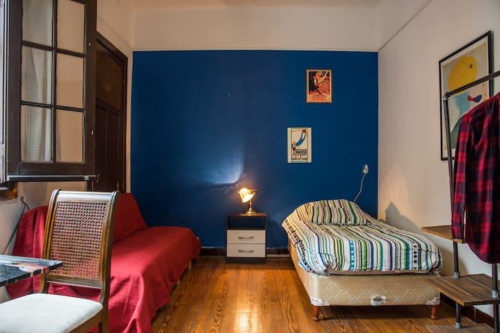 B&B Acogedora y cómoda habitación, gran ubicación. - Montevideo - Bed & Breakfast