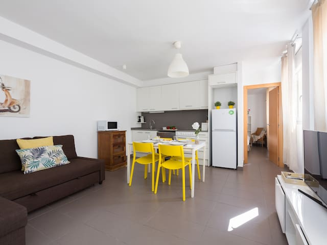 Lovely 1 Bedroom apartment 214