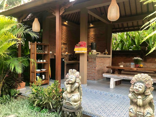 Brand New❕Villa in Ubud in classic Balinese style.