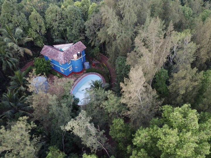 """NannaVana"" A Forest Accommodation"