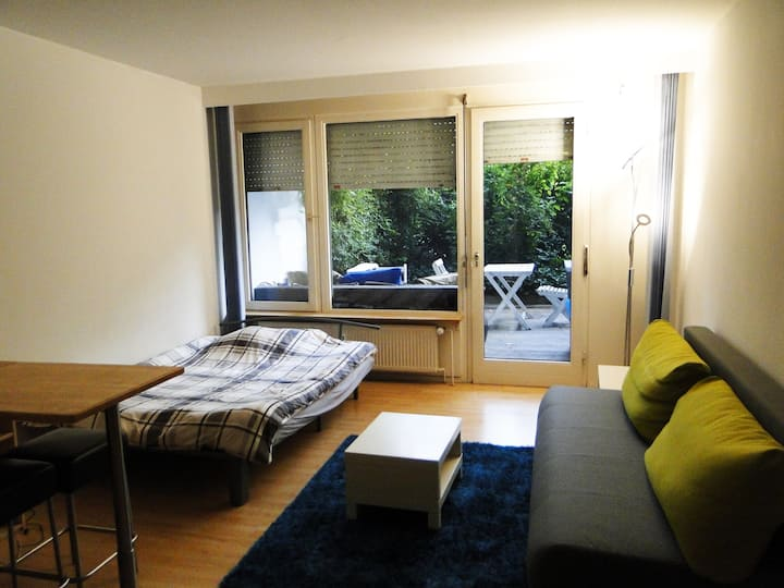 10 min to Oktoberfest - Central flat with garden