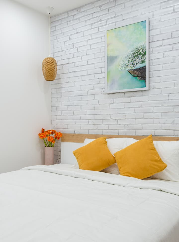Charming homestay with rooftop garden in D3