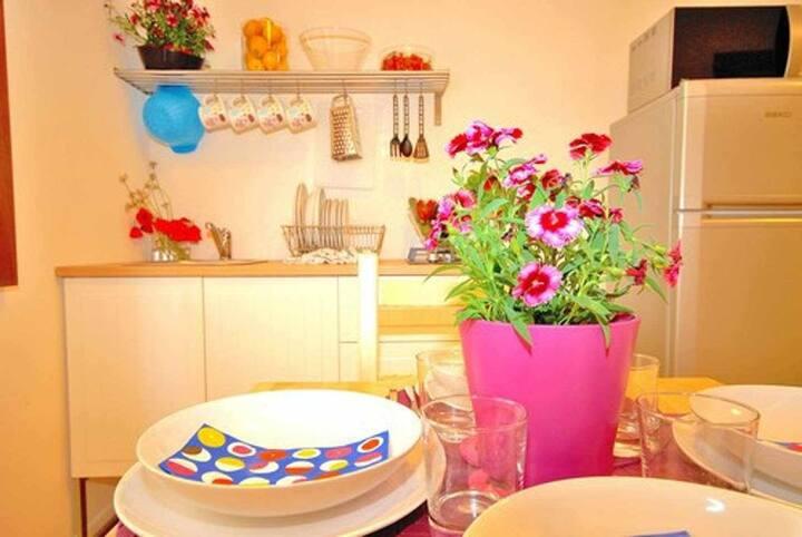 CDG034 Appartamento Marcantonio, moderno bilocale nel centro storico (P.T)