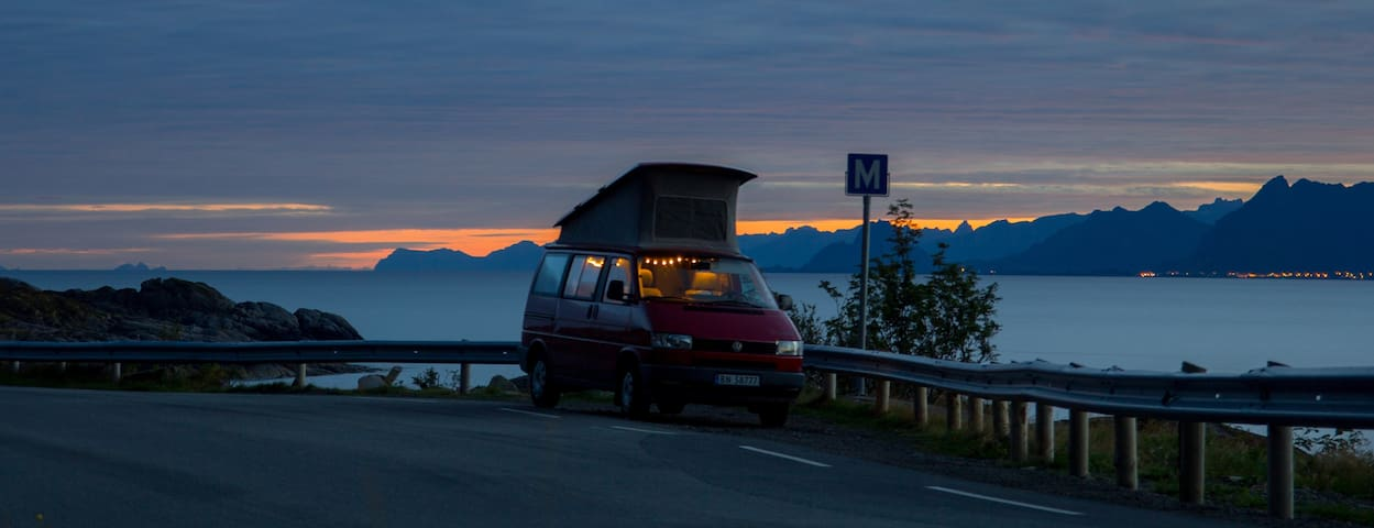 Camper van with parking heater, 4 people