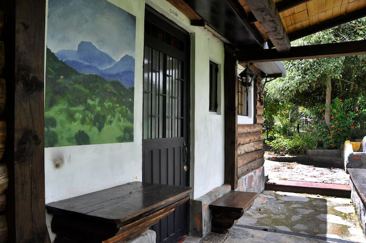 Hut with Chimney in Tabio, Rio Frio - Tabio - Natuur/eco-lodge