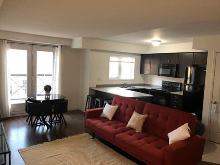 2Bedroom doubleStorey stacked townhome in Oakville