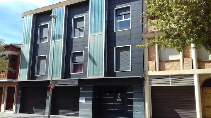 Apartamento con terraza - céntrico y moderno
