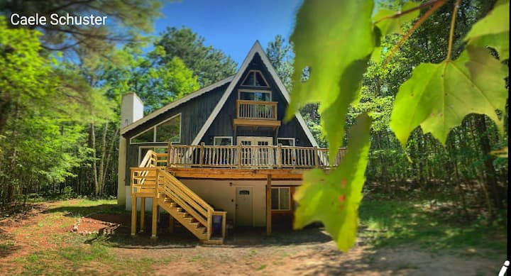 The Goslings' Nest ADK chalet-DOGS WELCOME