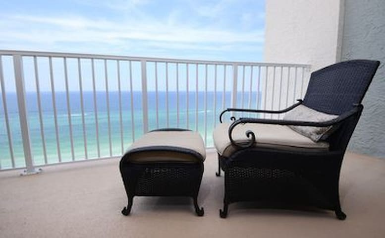 Wake up to beach front views - YES, please!