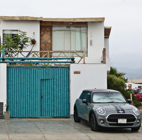 Habitación con terraza vista al mar en San Bartolo