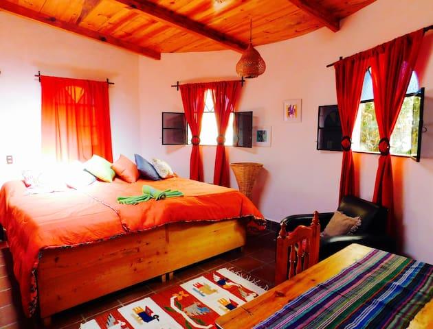 Guest Room MariposaII - La Casa Zapote San Marcos